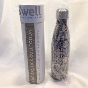 Other - NIB S'well 17oz. Insulated SS Water Bottle
